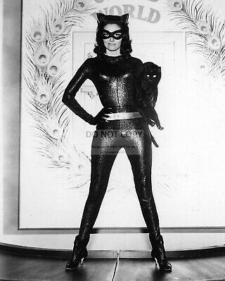 """Lee Meriwether As """"Catwoman"""" In Film """"Batman"""" - 8X10 Publicity Photo (Fb-259)"""