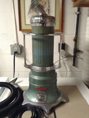 1945 Airway Sanitizer vacuum cleaner. Works great! Don't miss this deal!