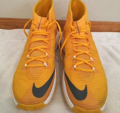 a5070afe7dd3 New Nike ZOOM CLEAR OUT Men s Yellow White Basketball Shoes Size 17  856486 -771