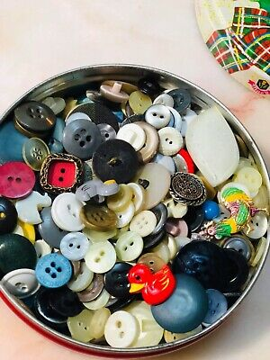 Nannas Vintage Biscuit Tin Of Old Buttons Craft Sewing