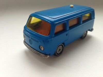 Siku 1331 VW Bus T2 Bully Serie  V 302 211 0216 in Blau