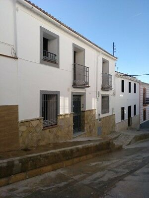 Ardales Lakes Close To Malaga And Ronda    Rent To Buy No Interest