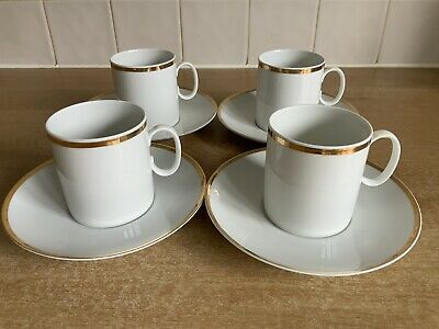 Thomas Medaillon Wide Gold Band 4 x Cups and Saucers