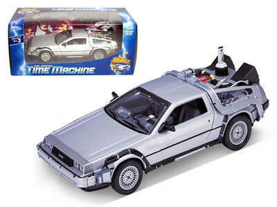 1981 DeLorean Back To The Future 2 BTTF Time Machine 1/24 Scale By Welly 22441