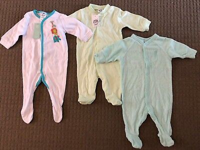 3 X 000 Baby Onsies. Great Condition.