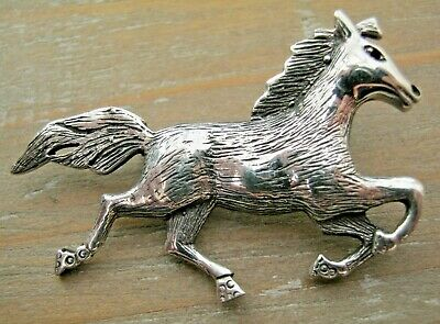 English Hallmarked Sterling Silver Horse Racing Equestrian Brooch Tie Pin Badge
