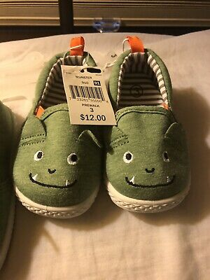 c45f340018 Unisex baby cute green monster shoes PREWALK size 3 or 4