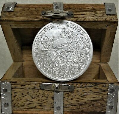 Golden State Mint Pieces Of Eight 1Oz.999 Fine Silver Bullion Round &mini Chest