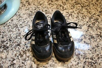 475b9430d Boy s Youth ADIDAS SAMBA Black Leather Indoor Soccer Casual Sneakers Shoes  EUC