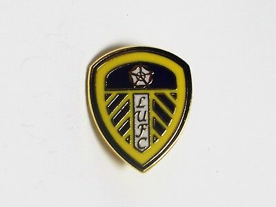 Leeds United Fc -  Enamel Crest Badge.