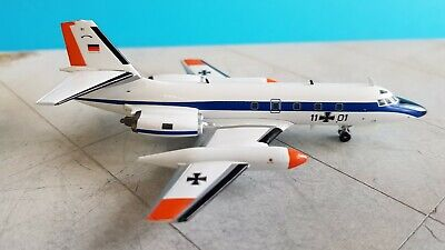 IF1400918 /'with stand/' InFlight200 L-1329 JetStar 6 Transport Canada C-FDTX Ref