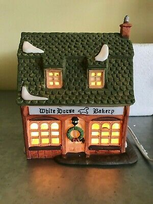 Dept 56 Heritage Village Dickens Village Series White Horse Bakery 5926-9 1988