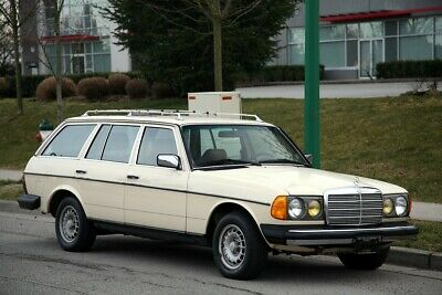 1985 Mercedes-Benz 300-Series  1985 MERCEDES BENZ 300TD WAGON, SEATS 7, WELL MAINTAINED!