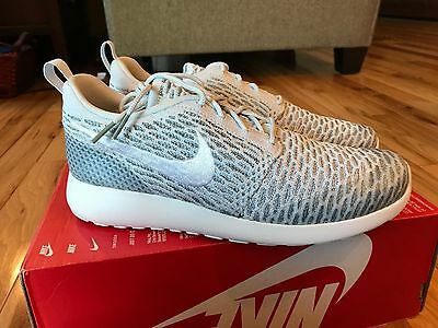 bc5e3c2f99814 Nike Women s Roshe One Flyknit Pure Platinum White Cool Grey 704927-009  Size 9