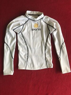 Skins Youth White Child Compression Long Sleeve Baselayer Sports Top - Size YS