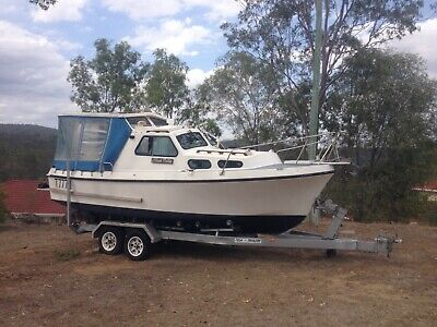Roberts 21FT Cruiser with Trailer