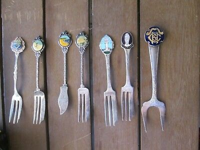set of 7 vintage collectable cake forks and knife