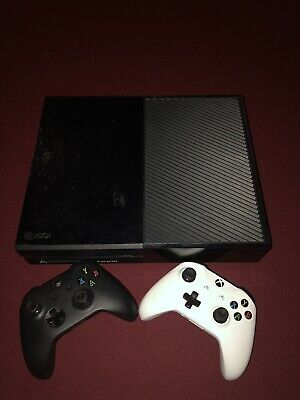 Microsoft Xbox One 500 GB Console Black: Comes With Two Controllers