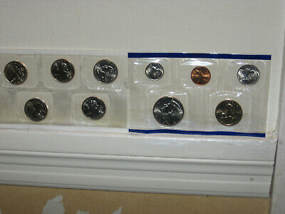 2000 US Mint Uncirculated 10 Coin Set Philadelphia Mint w/COA, and  Envelope