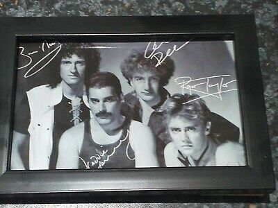 Framed Queen Freddie Mercury Brian May Roger Taylor signed Autograph print