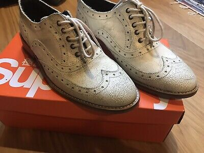 Superdry Ladies Size 4 Craked Leather White Brogues BNIB