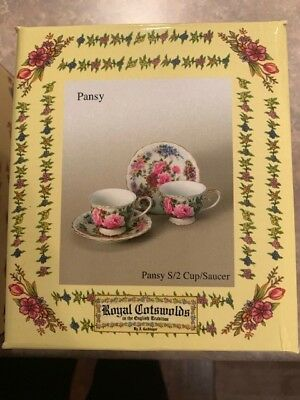 Floral Tea Set for 4 Pot/ Creamer/Sugar/Cups/Saucers and Plates New never used