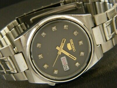 GENUINE VINTAGE SEIKO 5 AUTOMATIC JAPAN MEN'S DAY/DATE WATCH 241e-a128266-6