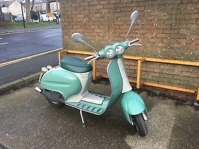 Italjet Velocifero Scooter 1995 with Manuals