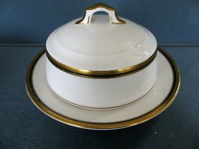 HUTSCHENREUTHER SELB Round Butter Dish LHS Bavaria/Germany with Gold Trim