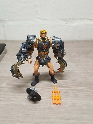 2001 2002 He Man MASTERS OF THE  UNIVERSE Battle Armor incomplete