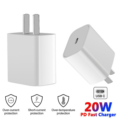 Multi-Port Quick Charging Station Dock Charger Desktop Organizer with Desk Lamp