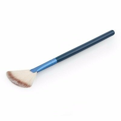 Professional Soft Fan Brush Make up Brush Face Powder Blush Highlighter