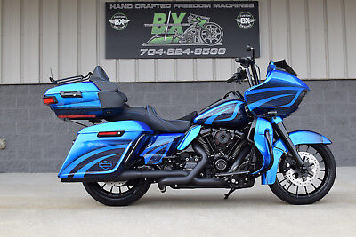 2018 Harley-Davidson Touring  2018 ROAD GLIDE ULTRA CUSTOM $16K IN XTRA'S!! WATCH OUR VIDEO!! SPRING SPECIAL!!