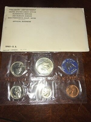 1965 Special US Mint Uncirculated Coin Set. Silver Kennedy Half Dollar!