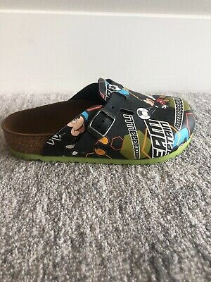 86eb4ced51fd Birkenstock Disney Mickey Mouse Soccer Youth Boys Girls Sandals Shoes size  30