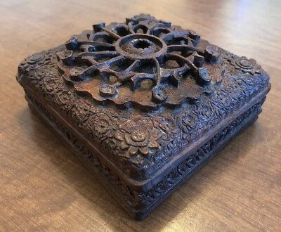 Antique 1900's Hand Carved Intricate Ornate Wood Jewelry Trinket Box Beautiful