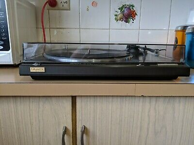 Technics Turntable SL-Q210 Direct Drive in excellent condition.