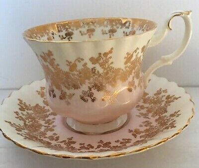 ROYAL ALBERT* England FOOTED TEA CUP Bone China FLORAL Pink Gold.