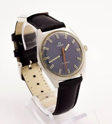 1960's vintage Omega Geneve Swiss made stainless steel wristwatch. Caliber 601 R