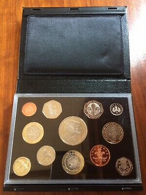 2007 Royal Mint UK Proof Coin Collection In Black Leather Case