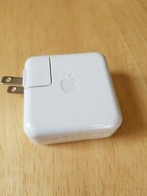 Apple iPod Power Adapter Plug Model A1070 W008A130 White Apple Used Macintosh