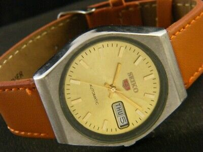 VINTAGE SEIKO 5 AUTOMATIC JAPAN MEN'S DAY/DATE WATCH 193a119465-9