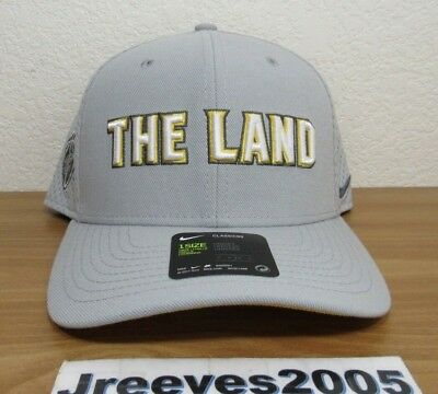 7590f7b29 NWT NIKE NBA City Edition Cleveland Cavaliers THE LAND Classic 99 Snapback  Hat