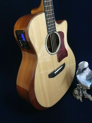 Caraya Solid Sitka Top Acoustic Guitar,Beveled Armrest,EQ,MP3 Player/Recorder