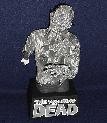 NYCC 2012 Exclusive WALKING DEAD ZOMBIE Black & White Bust Bank