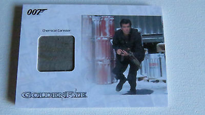 James Bond Archives 2014 Jbr32 Chemical Cannister Numbered Relic Card