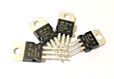 10 Pieces BTA24-600BW Triacs TO-220 25A New Original ST
