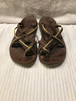 1a2d68985658 Chaco Women s 7 Brown Leather Textile Slip on Cross Strap Sandals