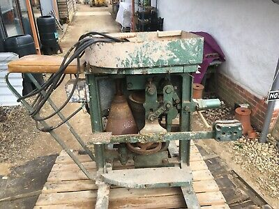 Used Electric Potters Wheel