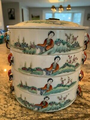 Wonderful Chinese Porcelain Stacking Boxes in Famille Rose